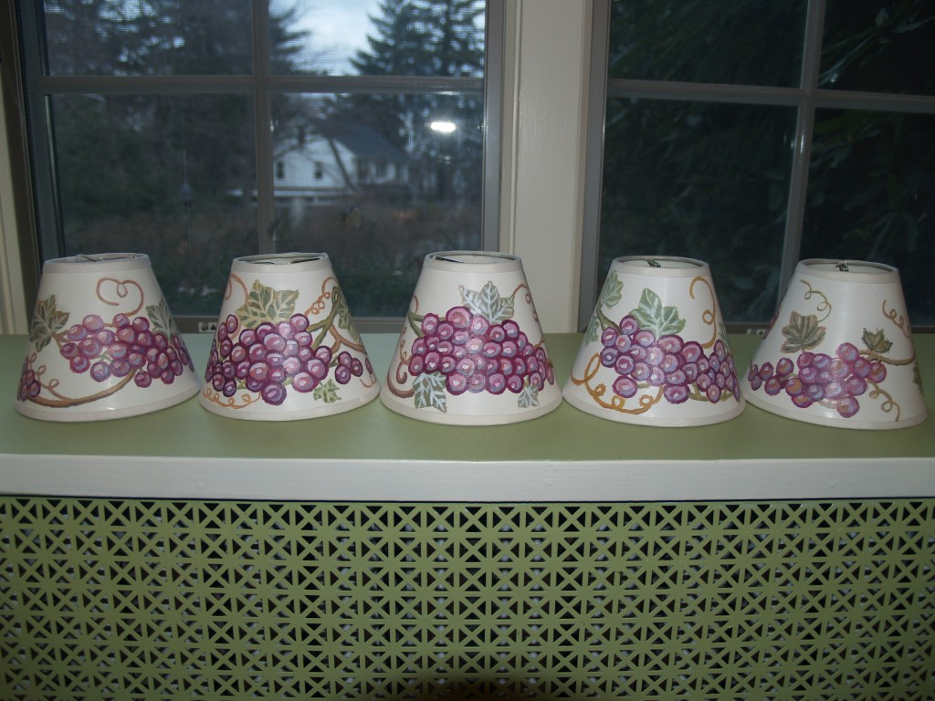 Lampshades with grapes 011