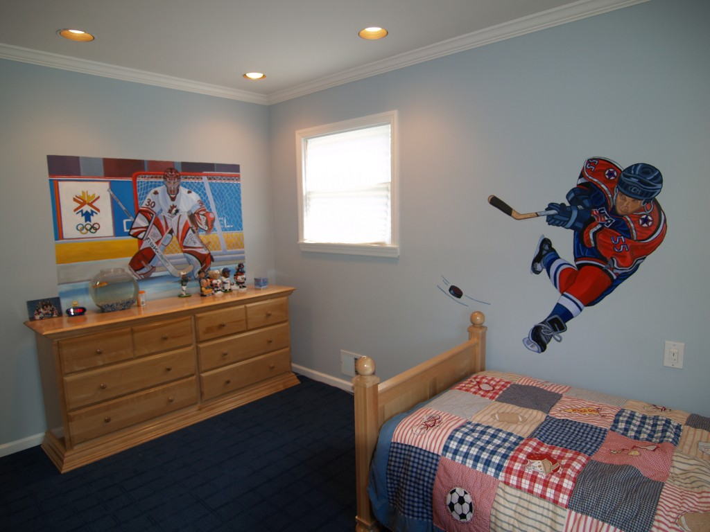 After shot of murals of 2 hockey players. Jericho, NY