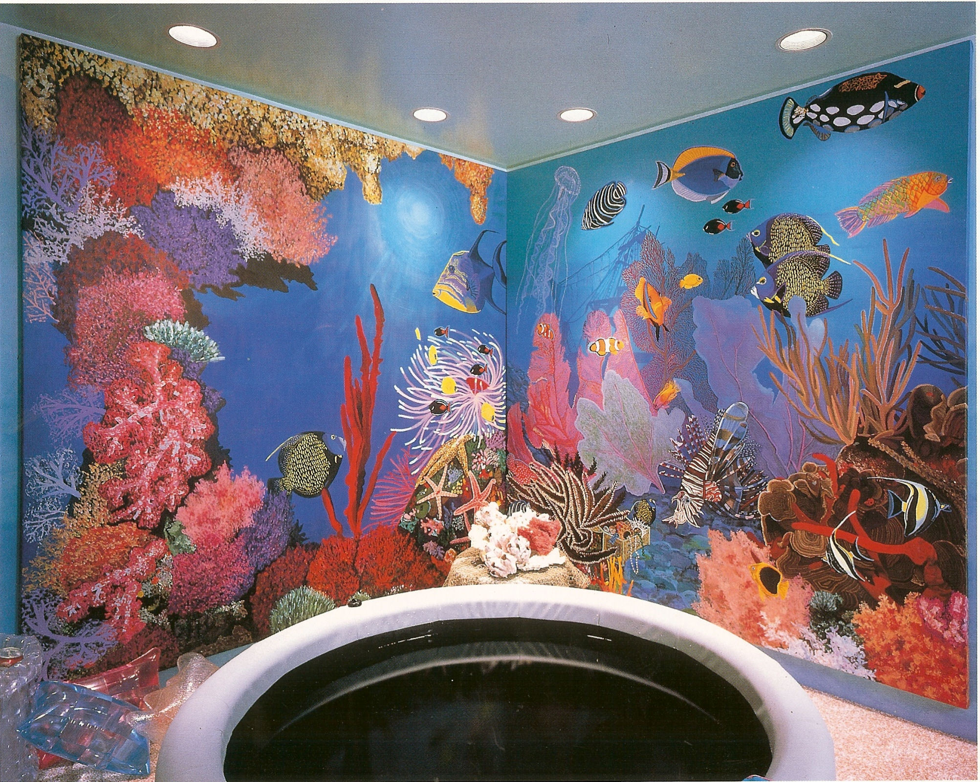 Underwater-life-mural-for-hot-tub-room.-Designer-showcase-Sands-Point-NY-Copy Frais De Aquarium Rond