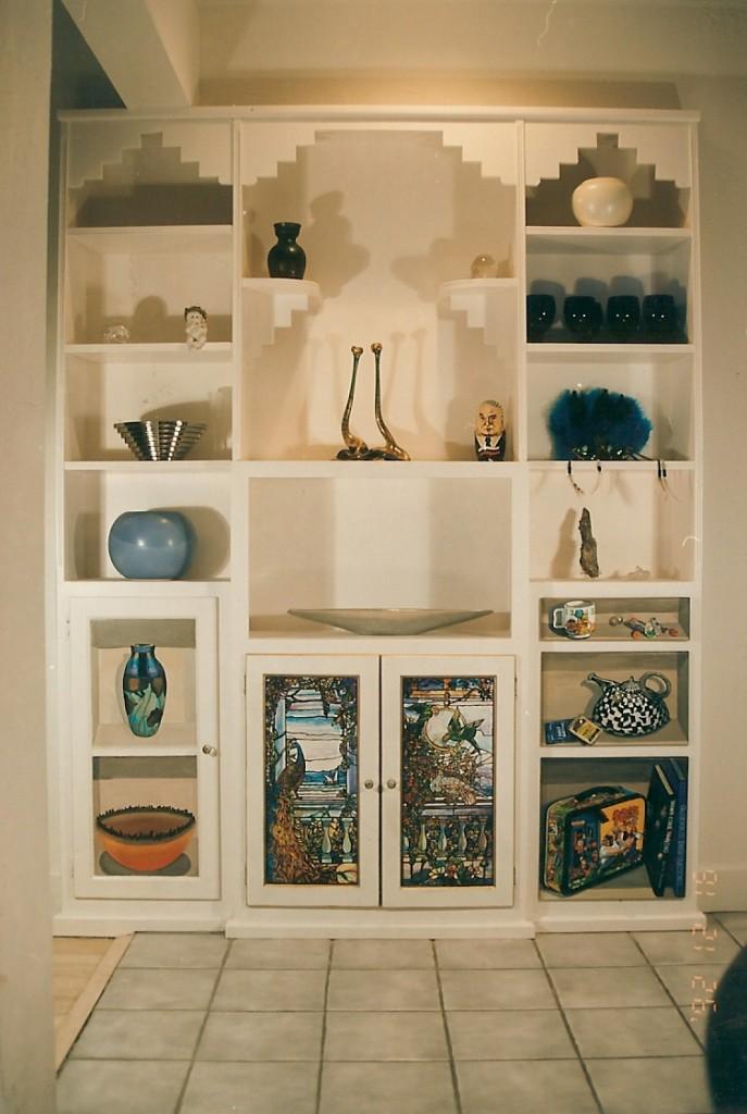 Art deco cabinet with trompe-l'oiel shelves-2