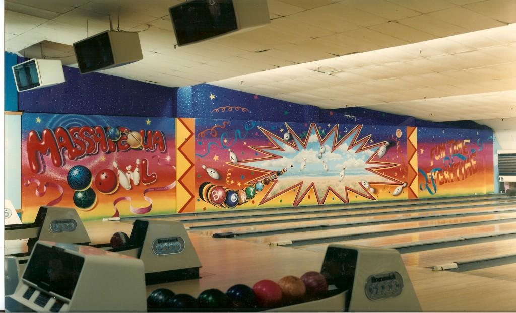 Massapequa Bowling alley mural.
